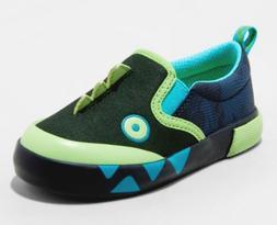 toddler boys sz 9 slip on sneakers
